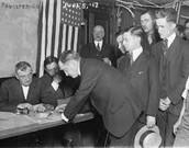 Men signing up for war