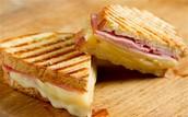 Un Sandwich Au Jambon (Du pain, du jambon, et du fromage)