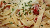Recipe - Fettuccine with Sweet Pepper-Cayenne Sauce