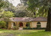 This is a small Spanish style home in Jacksonville, FL 32225