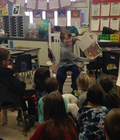 Loudon sharing his Student of the Week book