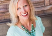 Courtney Slavin - Stella & Dot Senior Stylist