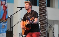 Tyler performing at Vidon 2013!