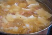 Country ham pot pie
