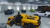 Dure auto's kopen en upgraden