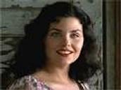 Lennie kills Curley's wife (Agatha)