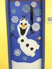 Deck the Halls Door Decorating Contest