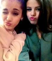 Selena and Ariana!!
