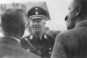Heinrich himmler meet other nazis.