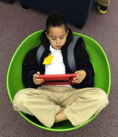 AM Library-A cozy spot for iPad use