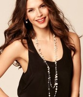 The MADELINE Pearl Necklace $60 (Retail: $98)
