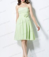Beautiful Apple Green Chiffon Strapless Short A-line Bridesmaid Dress