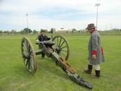 Carver students reenact the Civil War