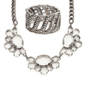 Affordable and Stylish Jewelry and Accessories from World wide Designers
