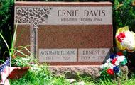 Ernie Davis's Grave