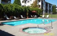 Seasonal pool and spa