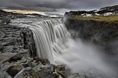 Detifoss falls