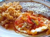 Huevos Rancheros (trescientos cincuenta y dos pesos 352)