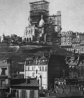 Le Sacré-Cœur being built