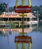 McDonald's despues de una inundacion.