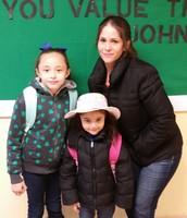 This family worked together to create the 100 Days of School hat.