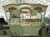 Ladurée, Versailles