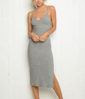 Un robe gris en coton