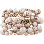 Lucia Pearl Bracelet Retail $59, Sample $30