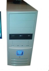 computer acer i3 3.30GHz 3220  290€