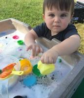 Easton loves bubbles