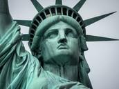 la cara de la estatua