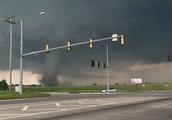 Moore Oklahoma speed winds