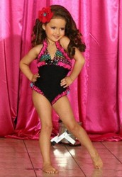 Does competing in beauty pageants affect chidren?