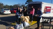 Students Participate in Longview Area Canned Food Drive