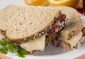 LUNCH ON THE GO RECIPE: Turkey Pastrami Sandwhich