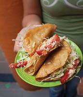 Tacos de papa (cinco mil ochocientos cincuenta y dos, 5.852)