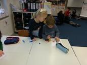 1c - Students discussing measurement