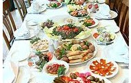 Table of food.