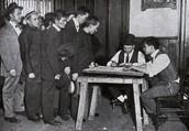 Men registering for the war