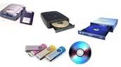 dispositivo de almacenamiento o memoria secundarias