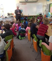 Mr. Wells Speaks to 2nd Grade Students About Local Government