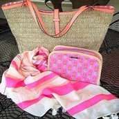 The Must Have Summer BAGS & WRAPS!