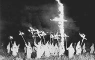 Cross burning at Clan rally