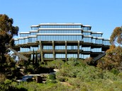 World renowned workshops at the UCSD Geisel Library!