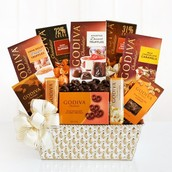 Make Leigh's Lovely GIft Baskets Your Valentines Headquarters!