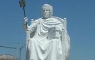 un joli statue