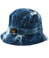 La gorra azul