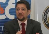 Acerca del Dr. Gustavo Martínez Pandiani