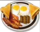 los huevos y el tocino y el carne y el pan tostado