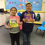 Ms. Browning's class with their books